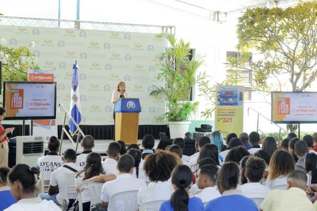 Vicepresidencia capacita jóvenes para prevenir violencia de género y fomentar buenos tratos